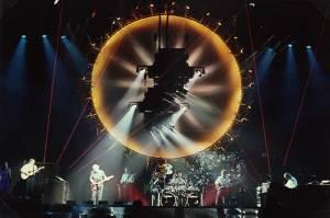 Pink Floyd - Delicate Sound Of Thunder konseri