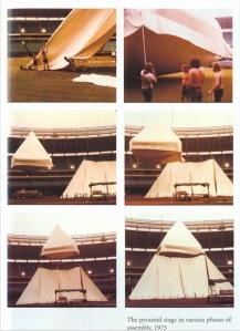 Pink Floyd Sahne Üstüne Piramit